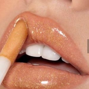 New Kylie ' Gloss Poppin' (shimmering gold)